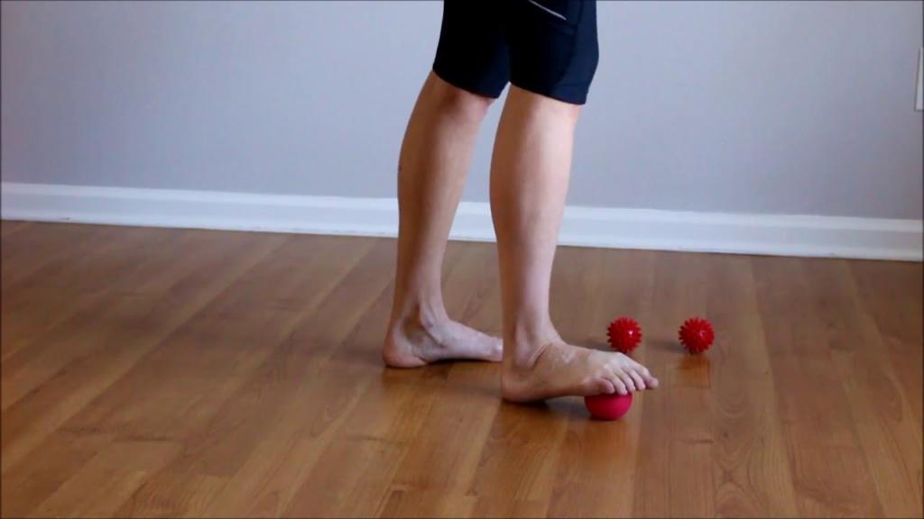 Болит кожа возле большого пальца ноги thumbnail