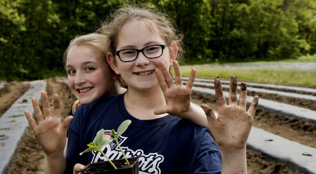 Инфицирование возможно через грязные руки