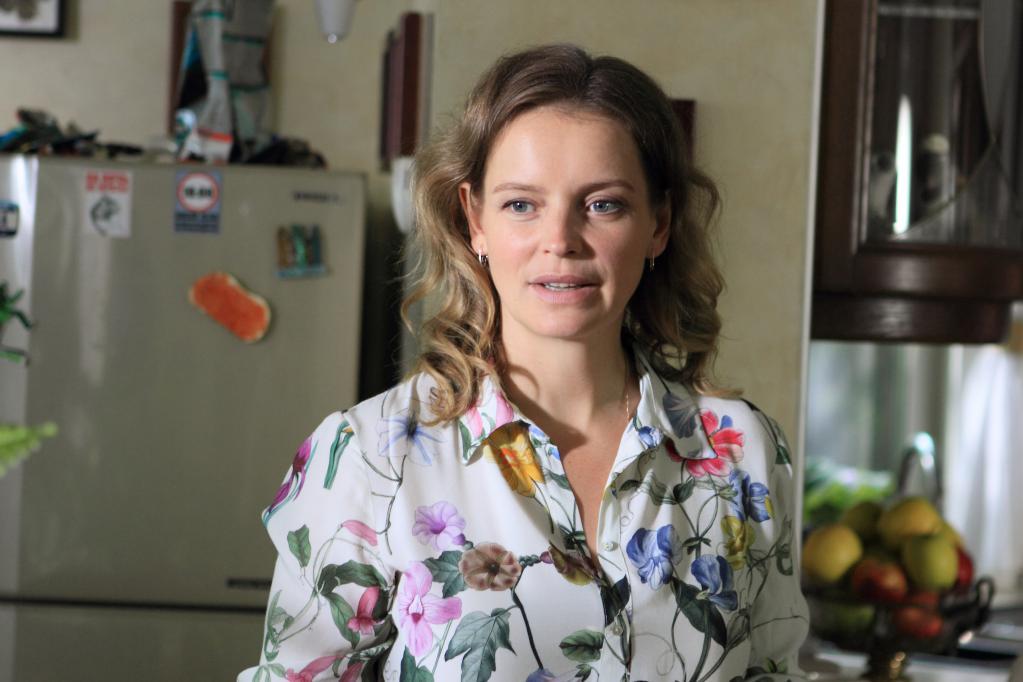 Анна на кухне