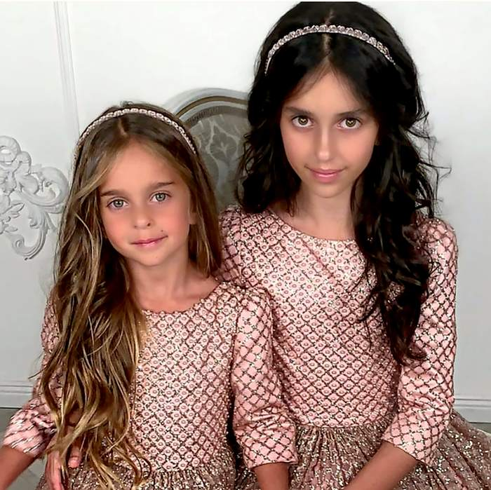 Алиса и Амели