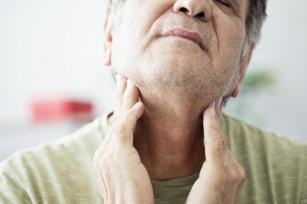аллергия болит горло насморк