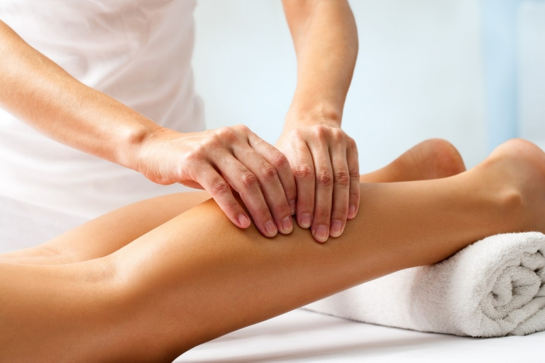 Болят мышцы рук и ног без причины к какому врачу обратиться thumbnail
