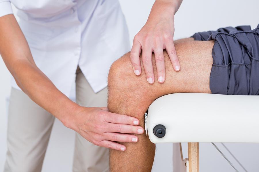 Болит нога выше колена спереди к какому врачу thumbnail