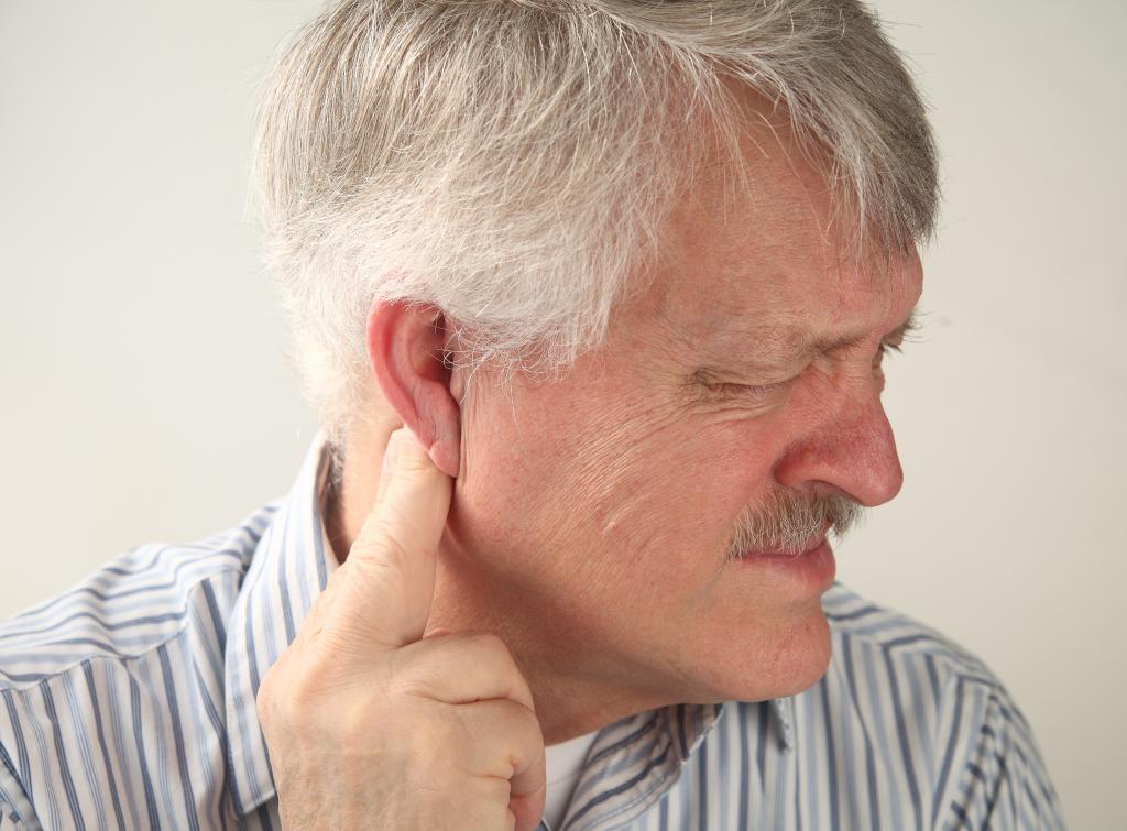 фото опухолей уха