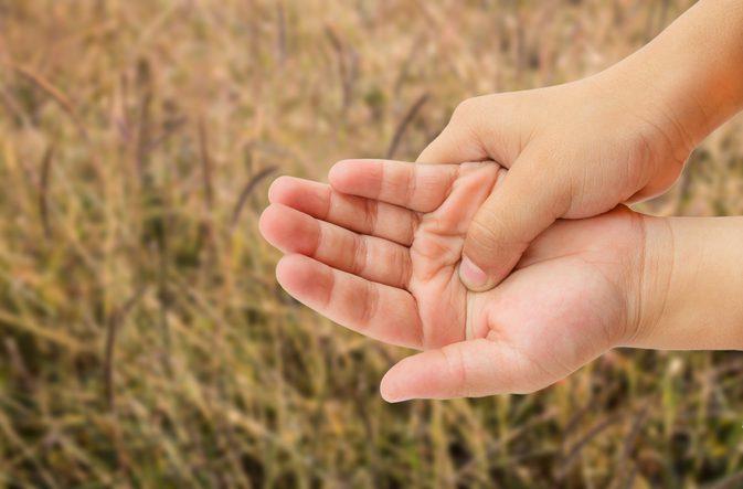 Как лечить боль в пальцах