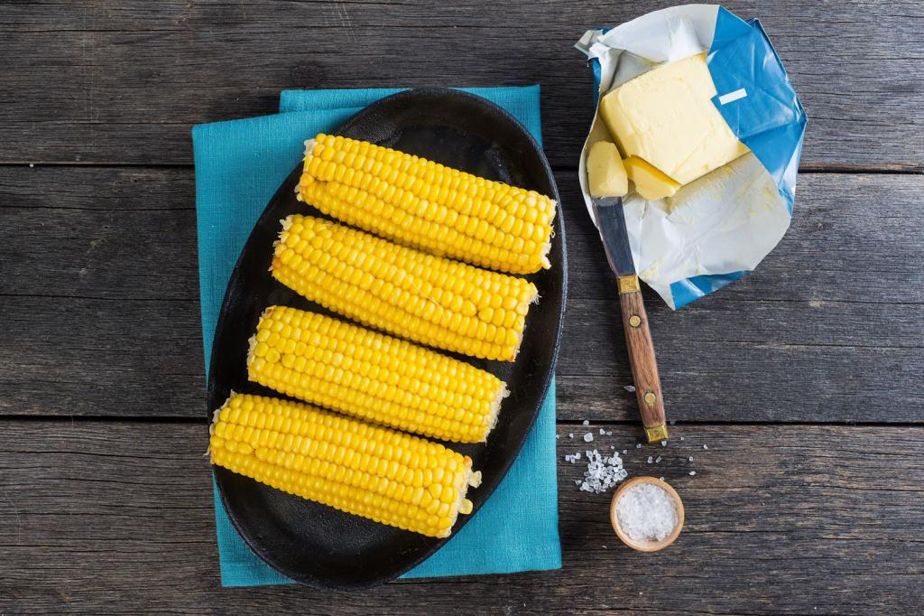 Как есть кукурузу?