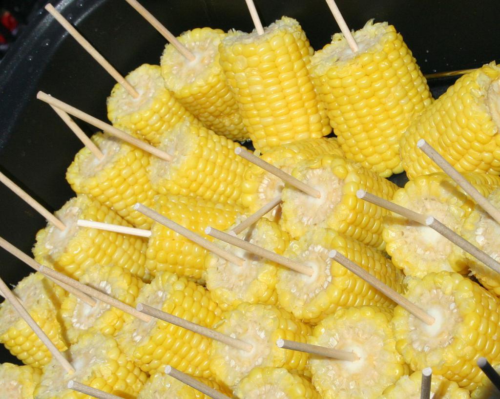 Кукуруза со шпажками.