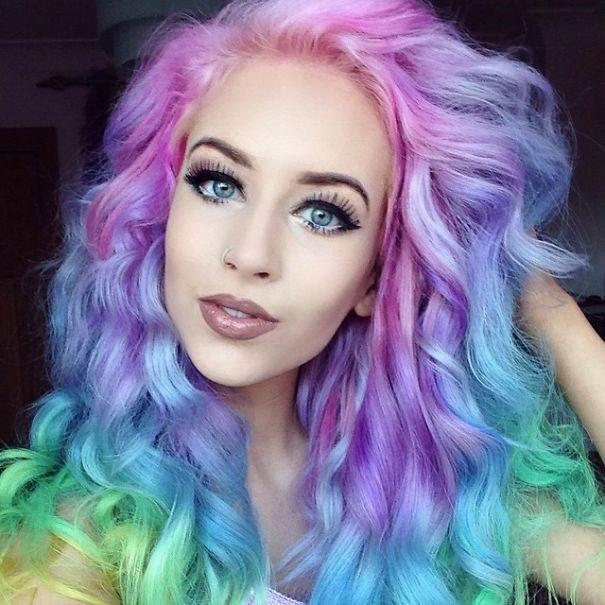 голубые глаза какой цвет волос подойдет
