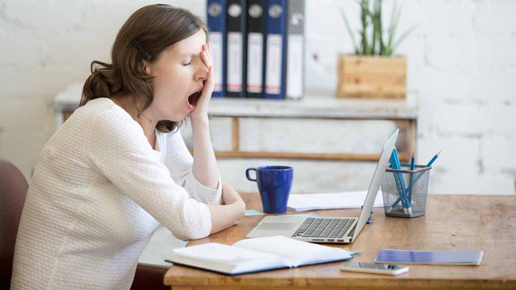 почему после дневного сна болит голова причины