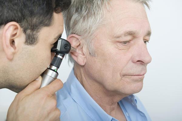 болит ухо больно глотать чем лечить