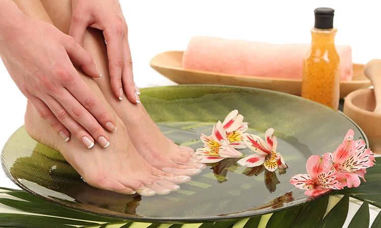 болит кожа на больших пальцах ног