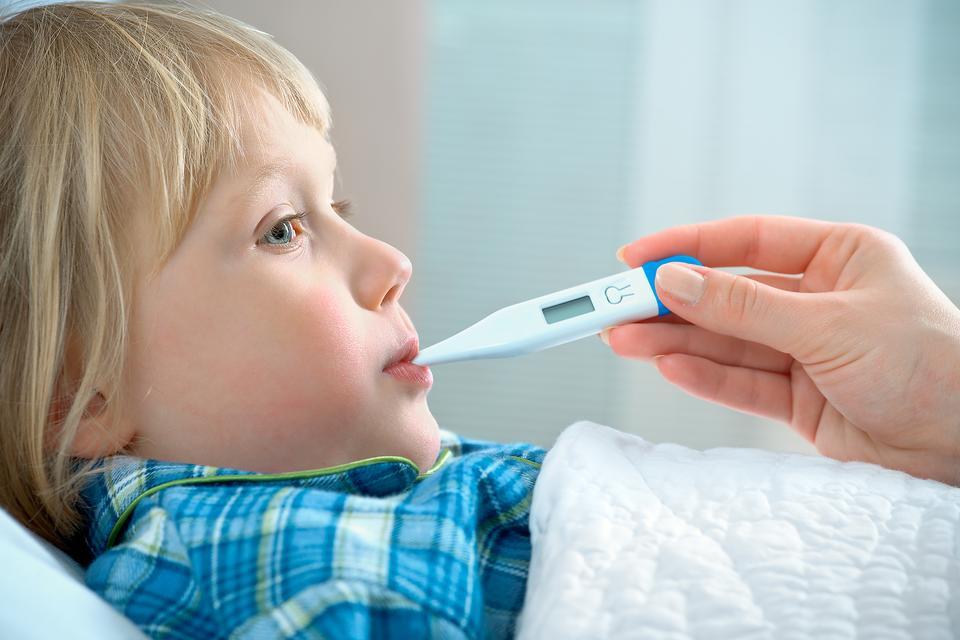 может ли аллергия давать температуру у ребенка