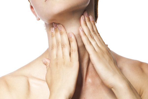 Боль в шее и горле