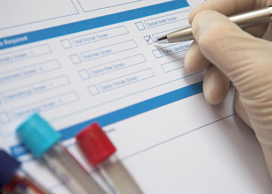 сколько делается общий и биохимический анализ крови