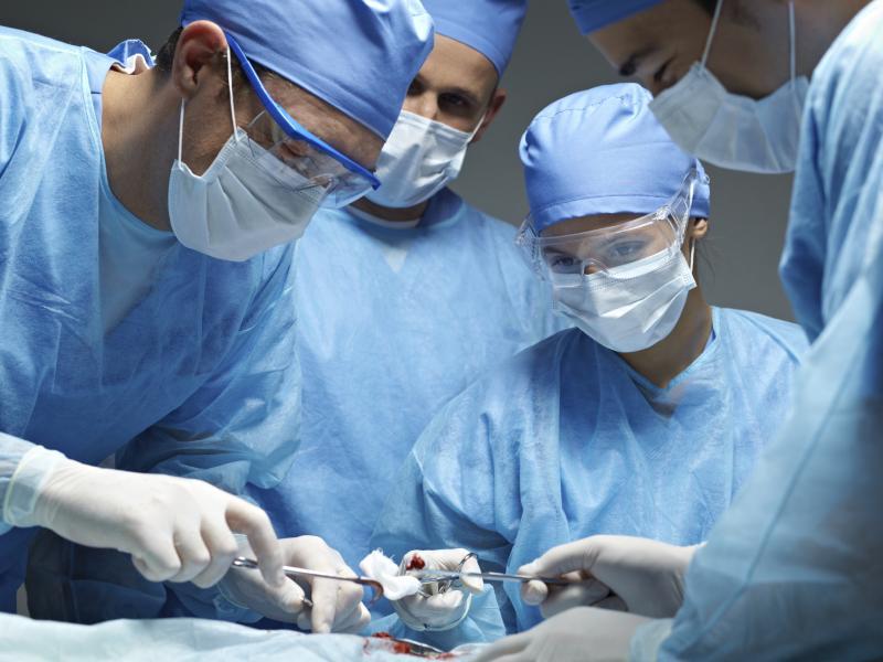 В операционном зале