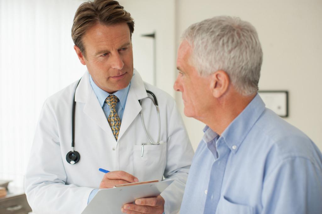 Мужчина приеме у доктора