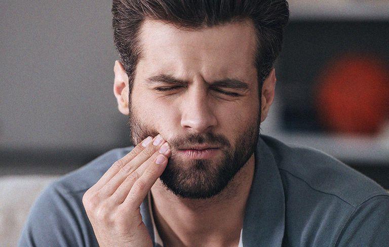 Почему болят зубы от горячего чая thumbnail
