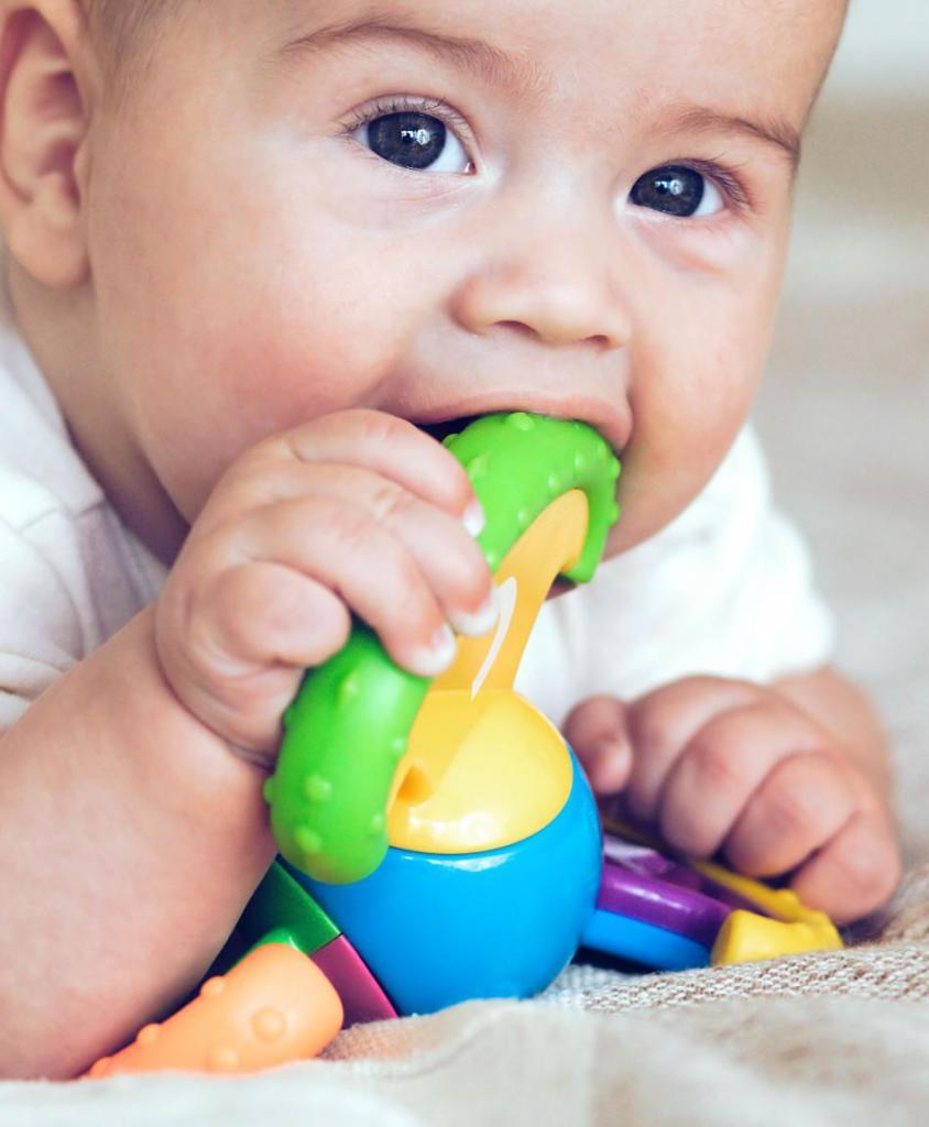 Чем протирать язык новорожденному от молочницы