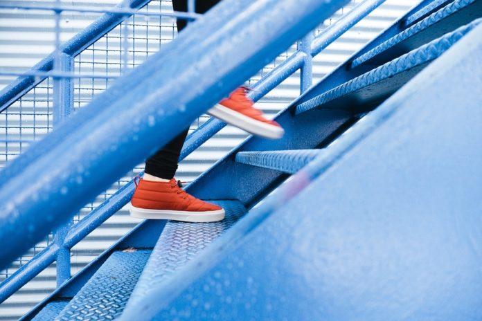 Синяя лестница