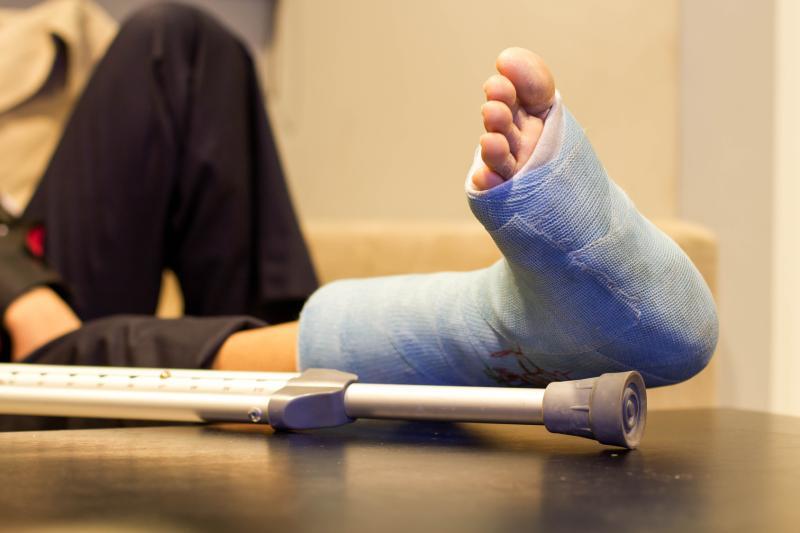 Почему болит нога после перелома лодыжки thumbnail