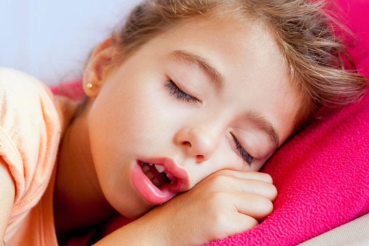 отечность век у ребенка после сна