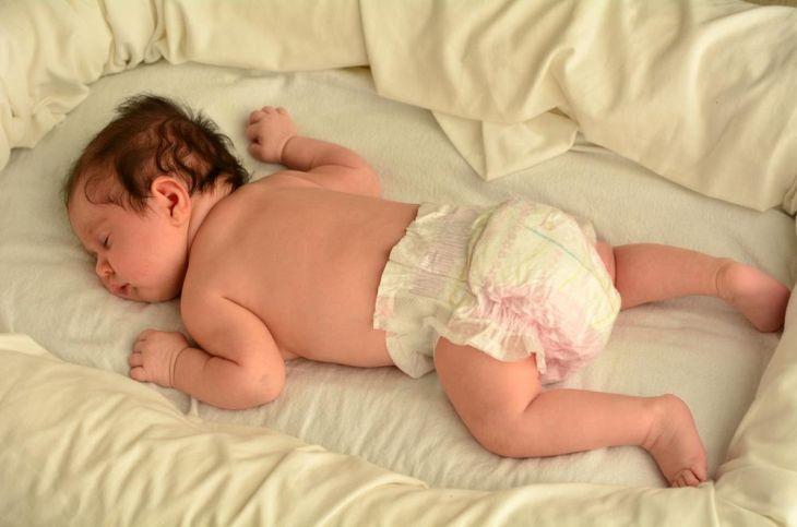 позы для сна новорожденного фото
