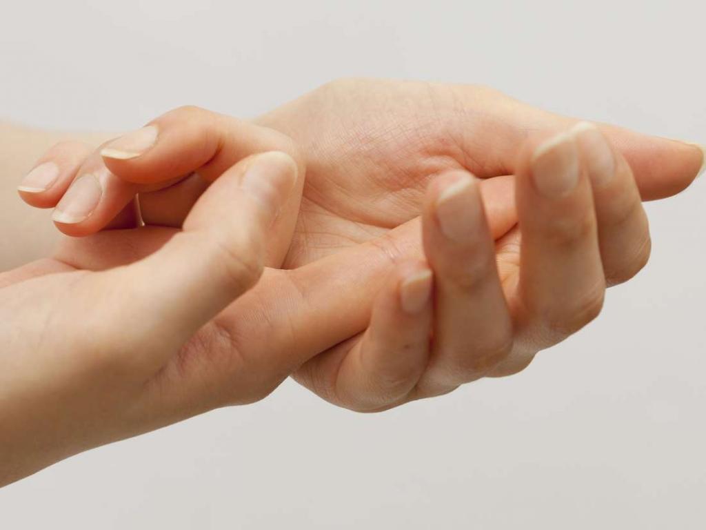 отекают пальцы рук при беременности что делать