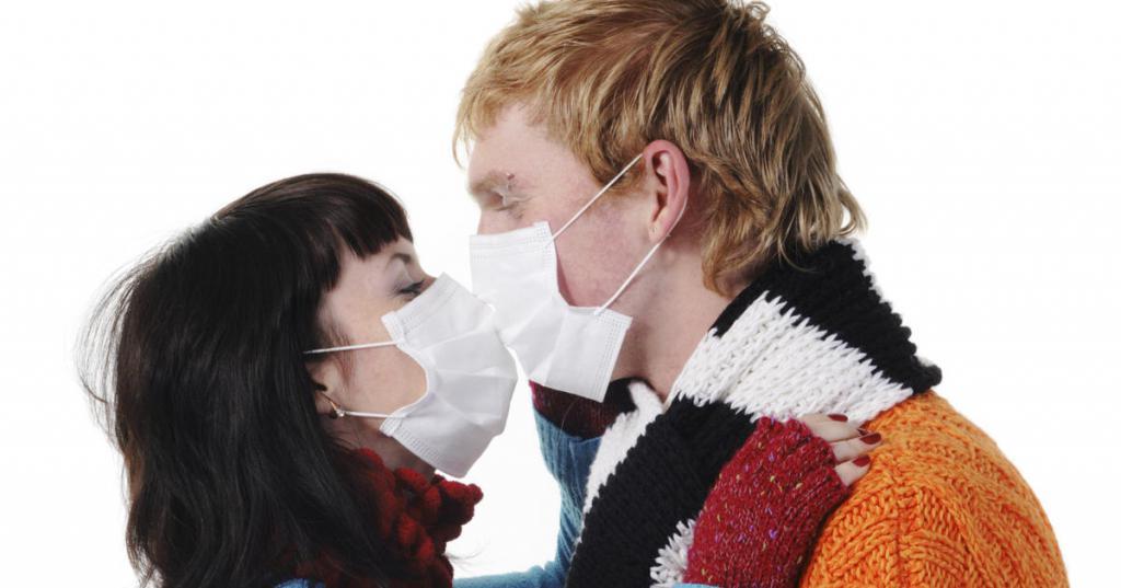 передается ли сифилис через поцелуй