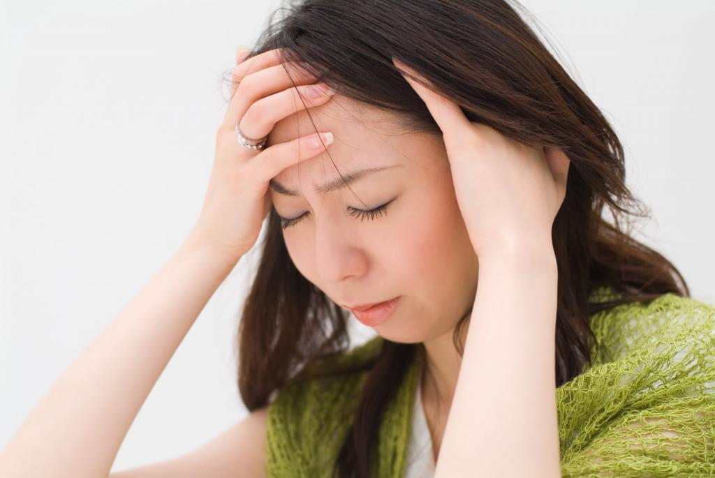боль в области темени при нажатии