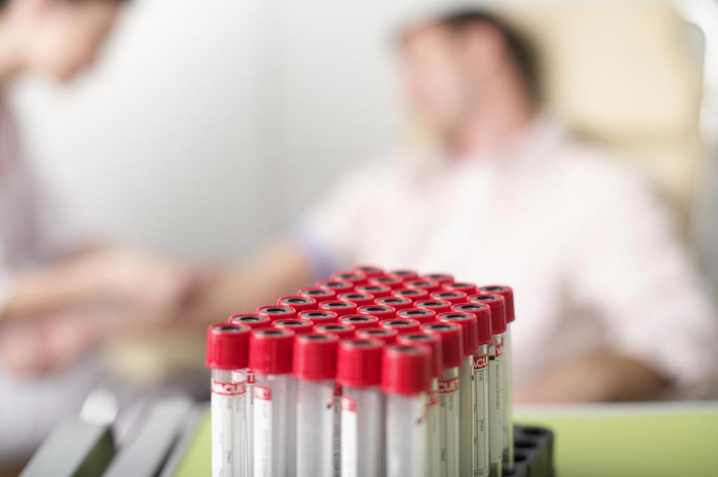 пробирки для крови