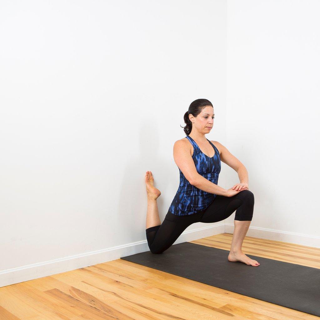 упражнения у стенки
