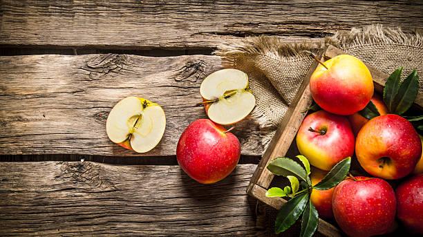 Польза и вред кислых яблок thumbnail