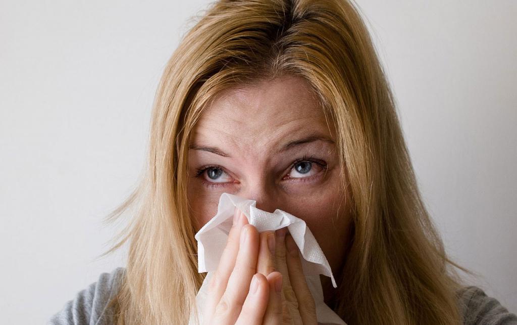 сыпь, высокая температура и насморк