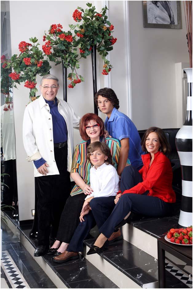 Большая семья Петросяна