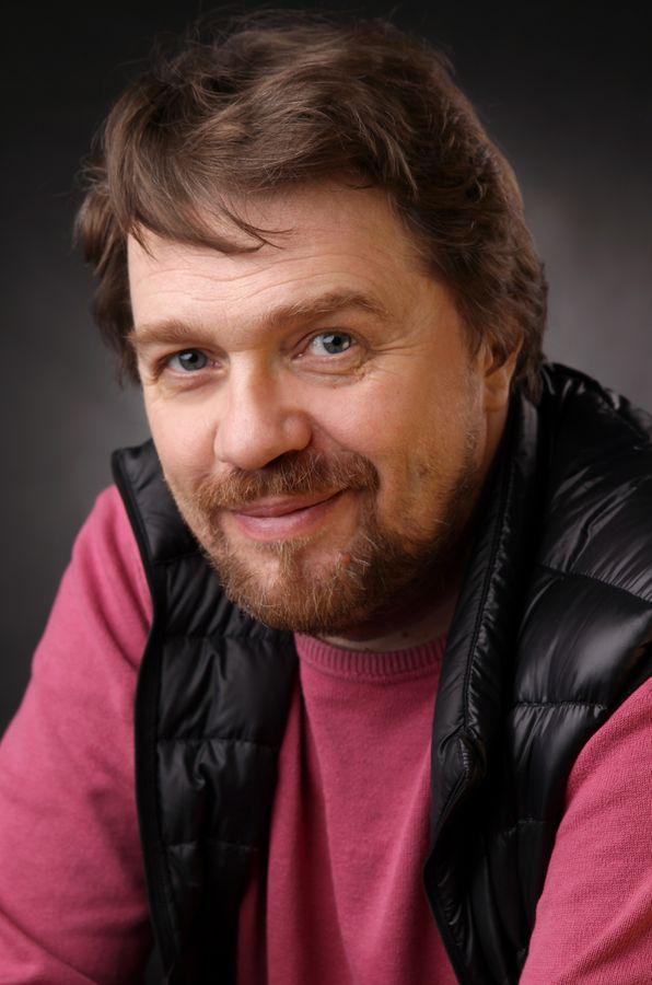 Сахаров - актер театра и кино