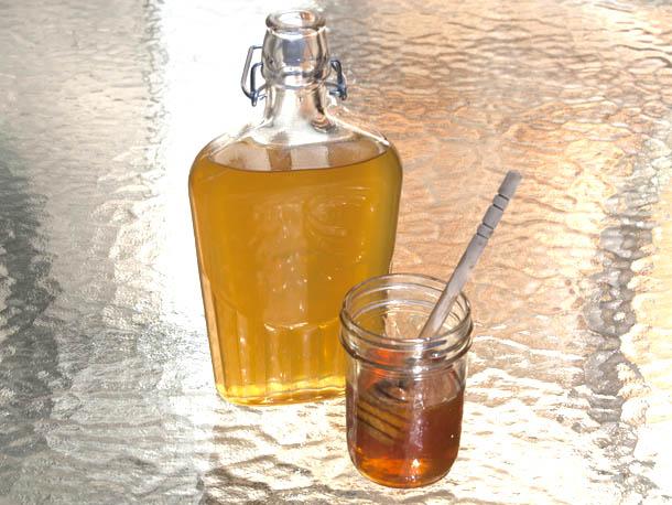 Рецепт от кашля с коньяком и медом thumbnail
