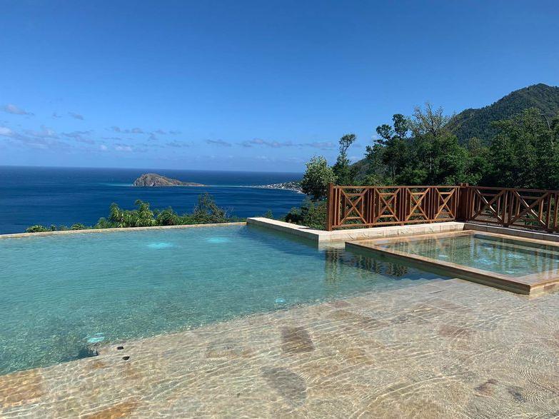 """Jungle Bay Dominica справился с последствиями урагана """"Мария"""" и снова ждет гостей"""