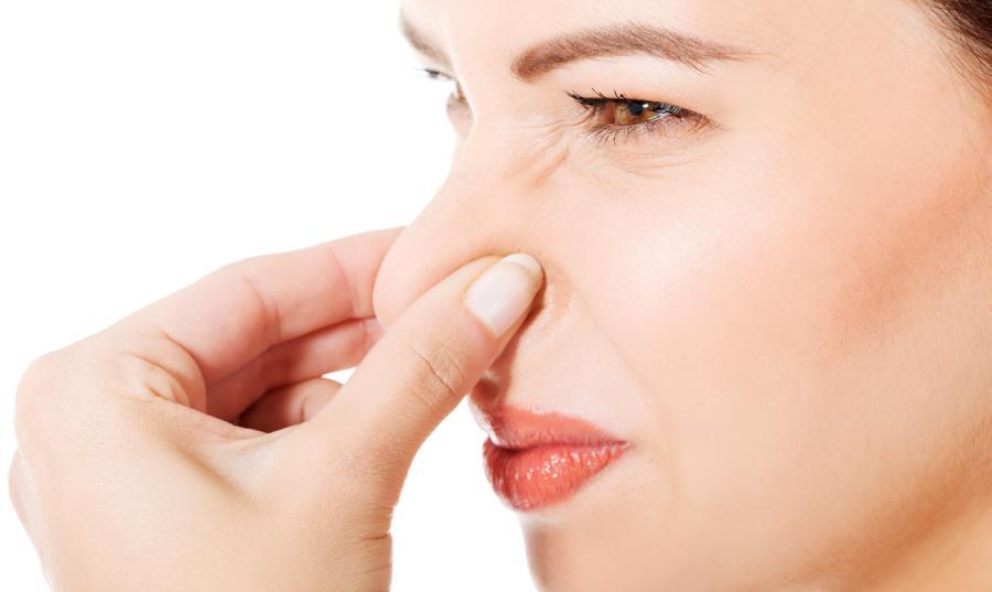 откуда появляется запах изо рта