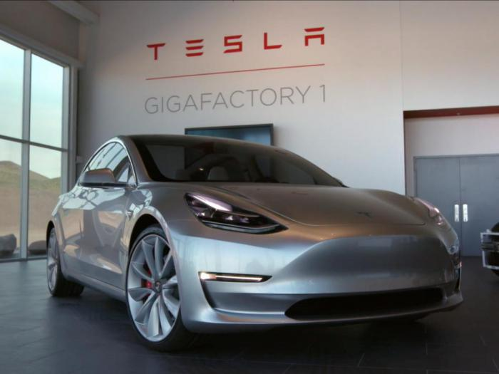 15 facts about the cars Tesla, which you hardly known