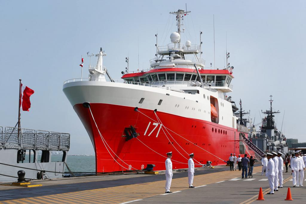 Давняя традиция: почему корабль снизу окрашивают в красный цвет