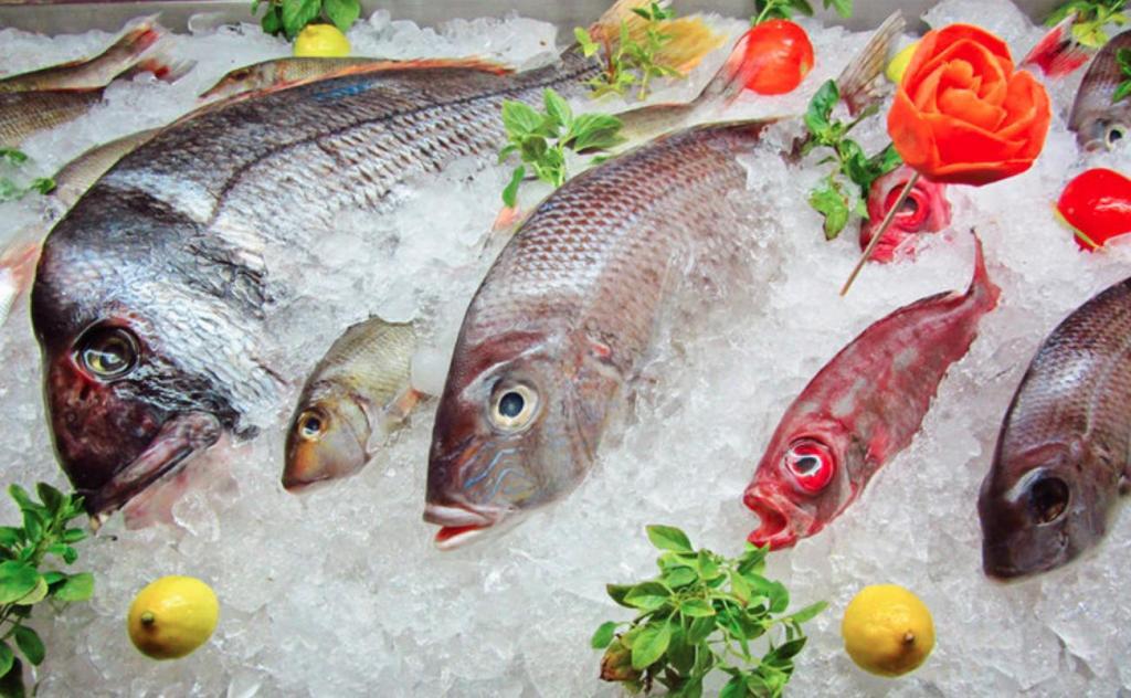 Размораживание рыбы может привести к появлению бактерий: почему важно размораживать ее правильно