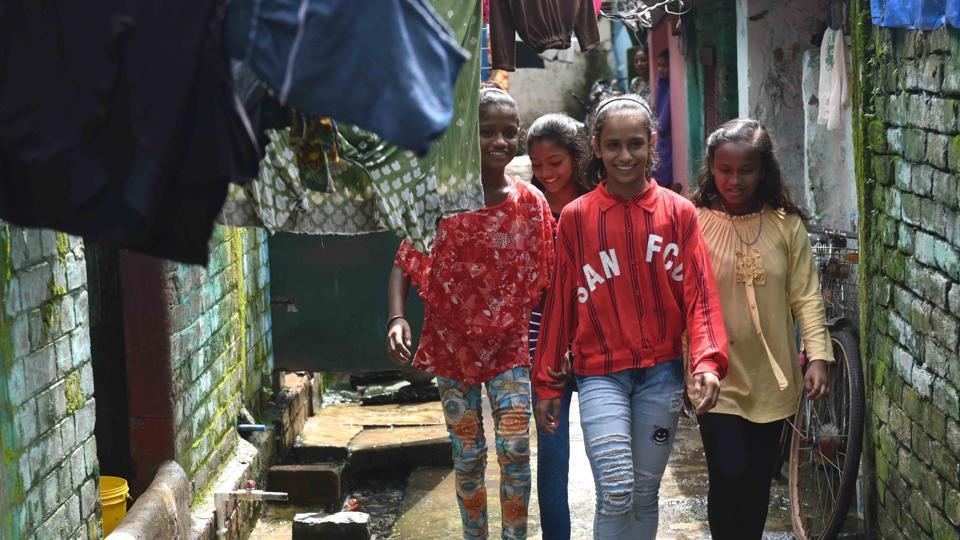 Неожиданная мировая слава: двое детишек из Калькутты попали на вирусное видео
