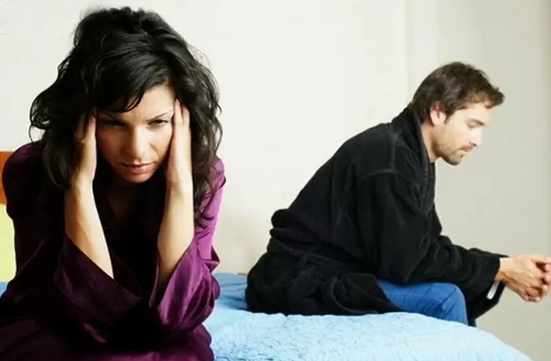 """""""Мы встречаемся 5 лет, а любимый боится рассказывать обо мне своим родителям"""": совет психолога"""