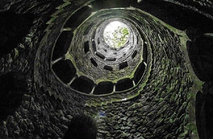 """Места, которые походят на портал в подземный мир: """"Врата ада"""" в Туркменистане поразили туристов со всего мира"""