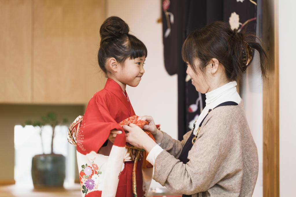 Почему кимоно нужно завязывать только справа налево: 6 интересных фактов о кимоно