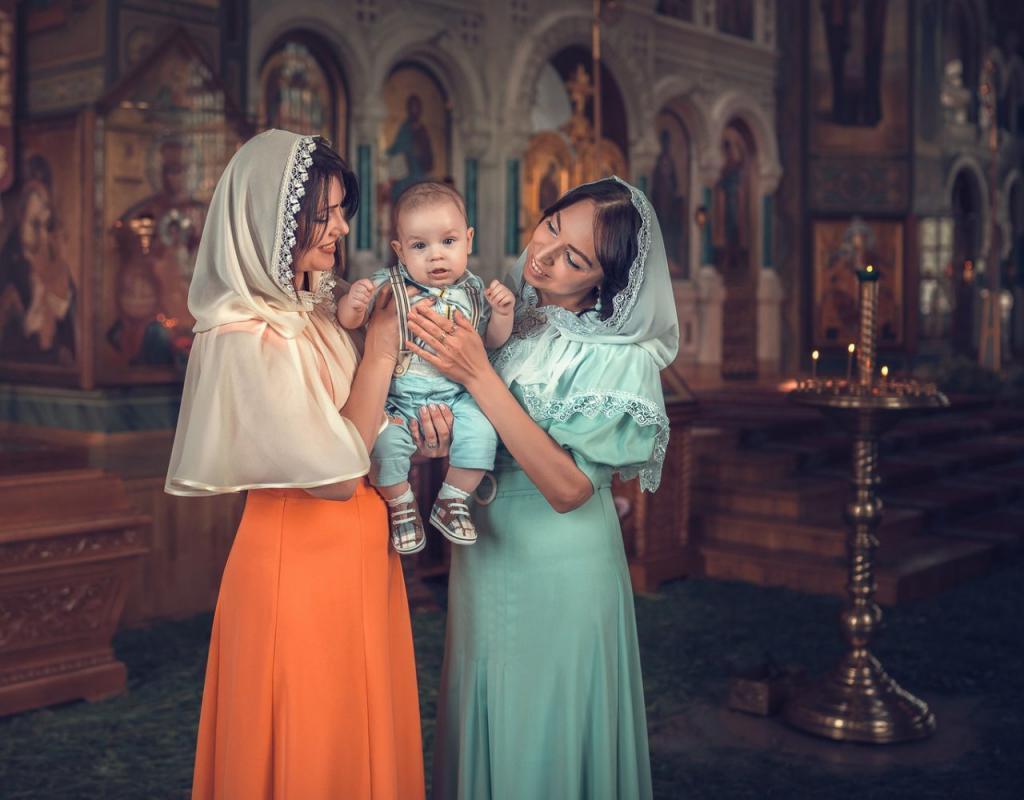 Как современной женщине одеться в церковь, чтобы не выглядеть старомодно, следуя при этом всем правилам религии (фото)