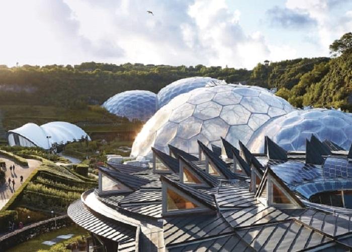 Благодаря новаторским материалам и пузырьковой архитектуре Луна или Марс скоро могут стать нашим домом