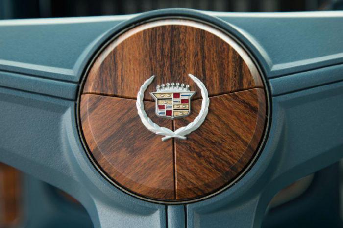 Не хватает только подстаканника и Блютуз: Cadillac Seville 1976-1979