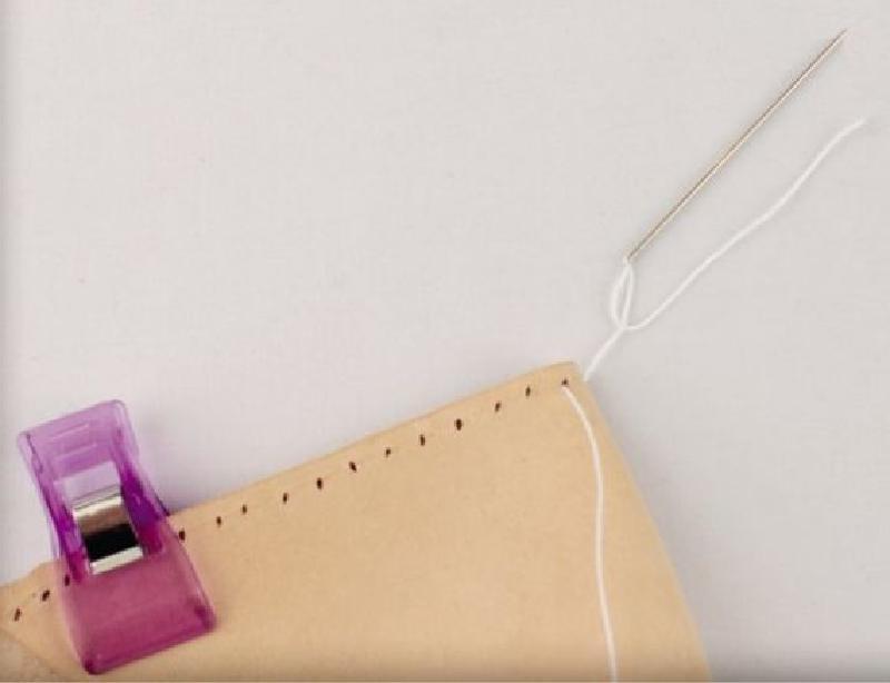Шьем красивый кожаный чехол ручной работы для очков