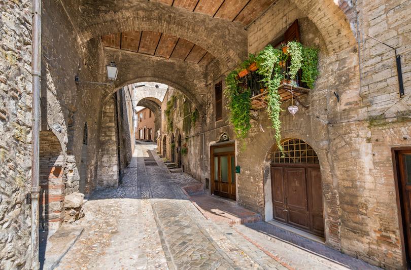 Римские руины, живописные озера, старинные города: чем может впечатлить туриста очаровательный итальянский регион Умбрия